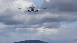 air traffic up six per cent