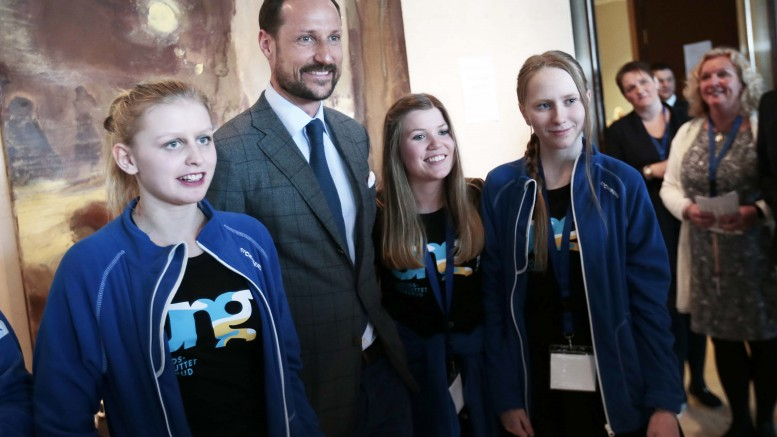 Crown Prince opens educational festival in Buskerud County