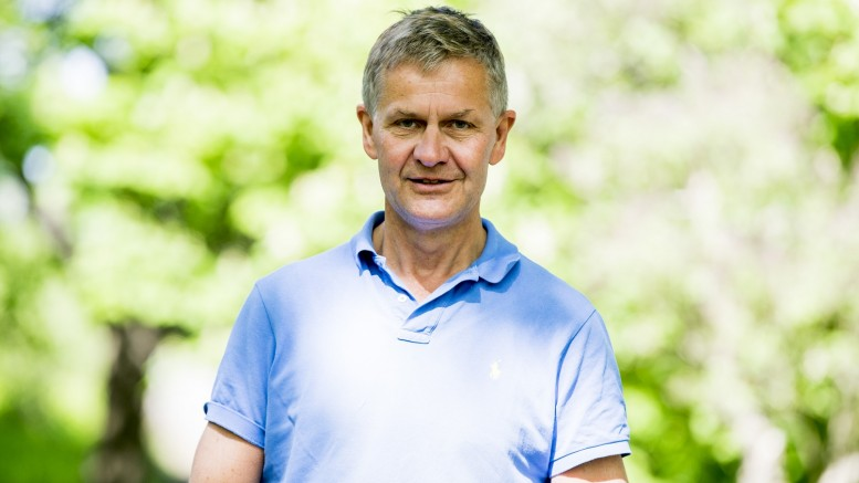 Erik Solheim elected UN environment chief
