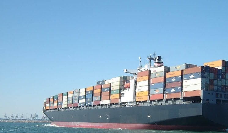 Illustration: Container ship