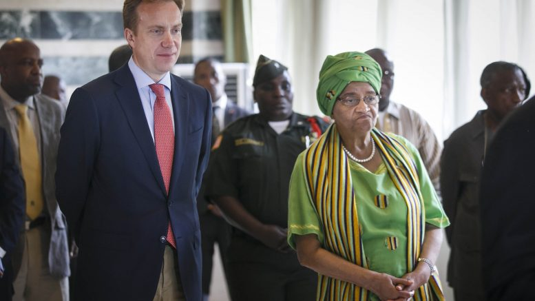 Børge Brende together with president Ellen Sirleaf Johnson
