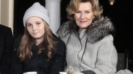 Princess Ingrid Alexandra and Queen Sonja drink mulled wine