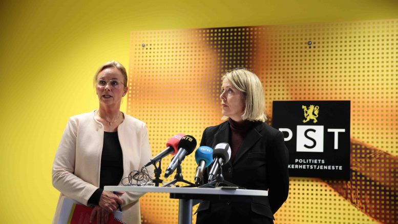 PST-chief Benedicte Bjørnland (R) and police attorney Signe Aalling politicians