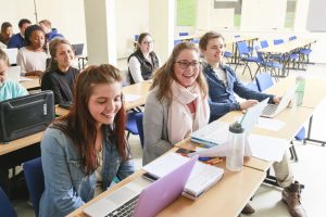 Happy students at the ACN in Moss, Photo: ACN