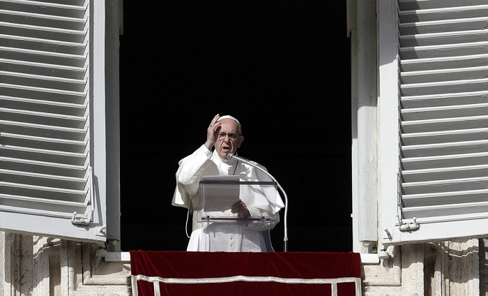 Pope Francis peace on earth
