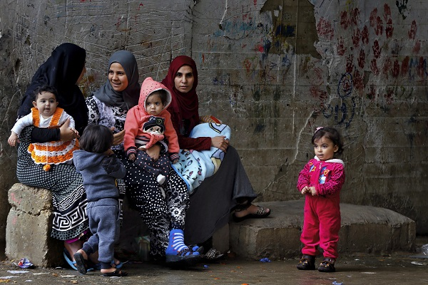 Syrian refugees women