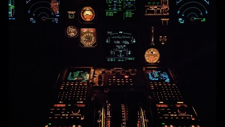 cockpit warning light 737