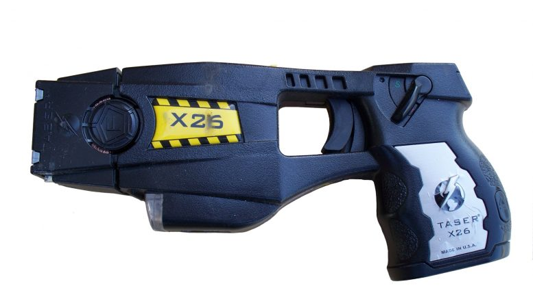stun gun taser electric shock