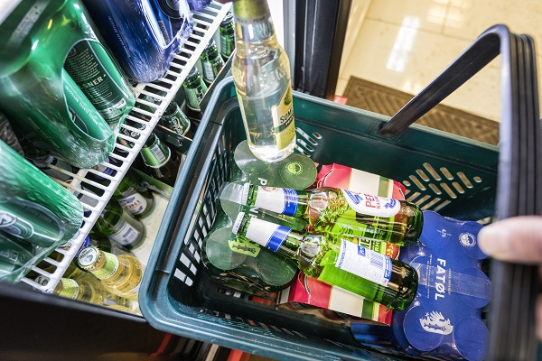 Beer and intoxicant soft drinks