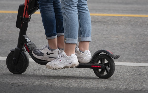 electric standing scooters