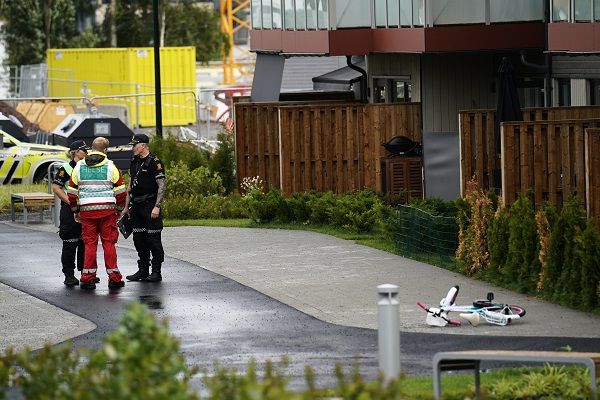 Two children found dead and mother injured.Lørenskog