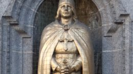 St Olaf statue